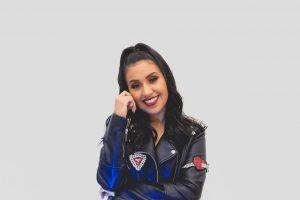 """La cantante ecuatoriana Anna Ly presenta el single """"No Pares"""" junto a otras artistas"""