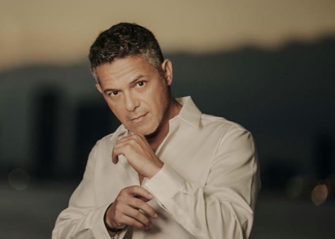 Alejandro Sanz presenta su nueva producción musical 'El Verano Que Vivimos'