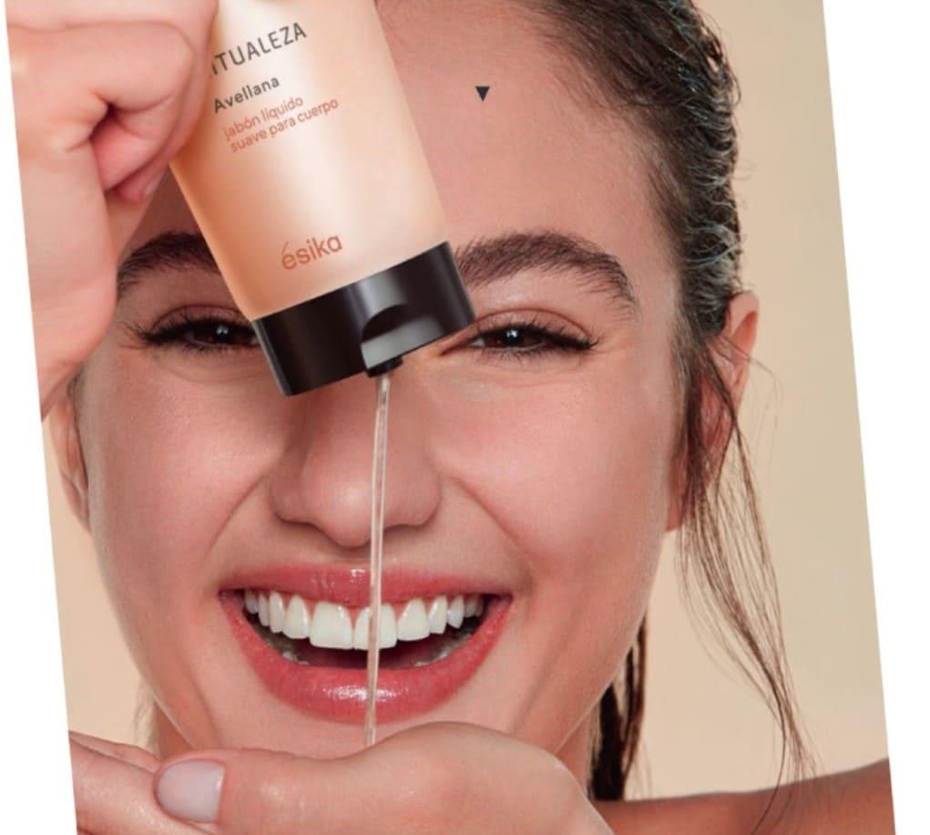 Jabón líquido con extracto de avellana, ¿Cuáles son los beneficios en la piel?