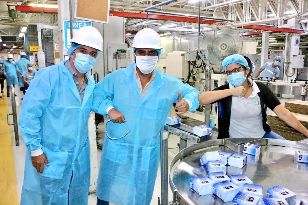 Vicepresidente y Ministro de Producción visitaron complejo Industrial de La Fabril S.A.