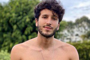 """Sebastián Yatra logra su séptimo sencillo en la Posición #1 de Radio en Estados Unidos con """"TBT"""""""