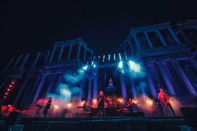Morat llevó a cabo tres conciertos exclusivos en España con responsabilidad