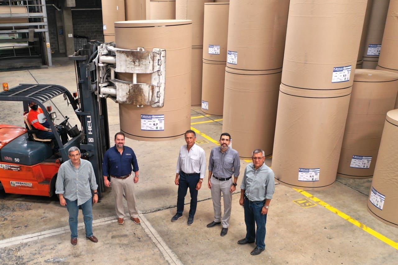 Papelera Nacional exporta papel a Brasil por primera vez en la historia