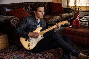 Con proyectos importantes en la música, así recibe el 2021 Alejandro Santamaria