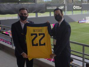 Betcris y la FEF firman acuerdo y apuestan por el fútbol ecuatoriano
