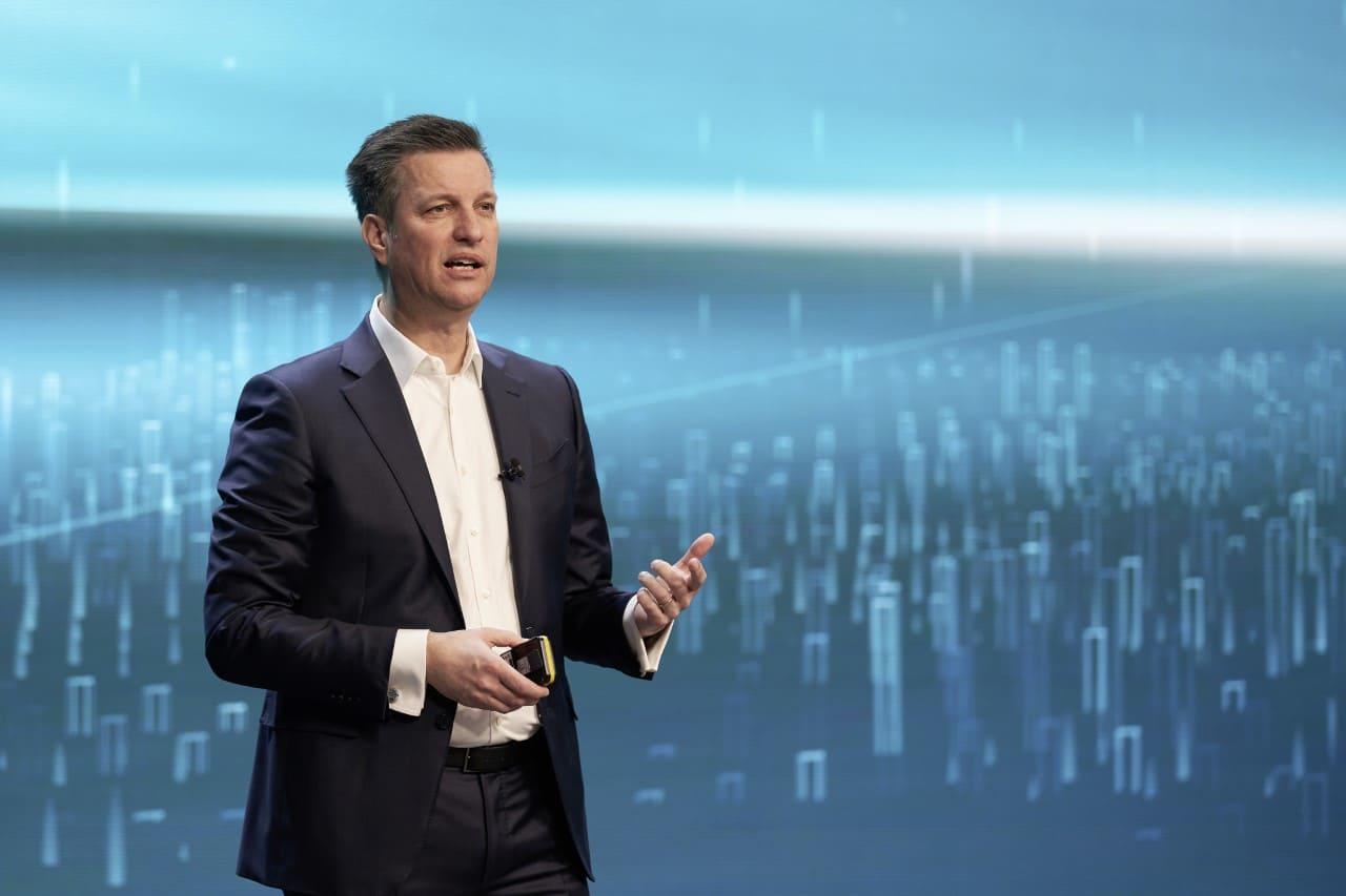 Volkswagen presentó una hoja de ruta tecnológica para baterías y carga hasta 2030