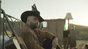 Carin León sorprende con su álbum 'Inédito' y presenta su nueva canción 'Otra A Tu Salud'