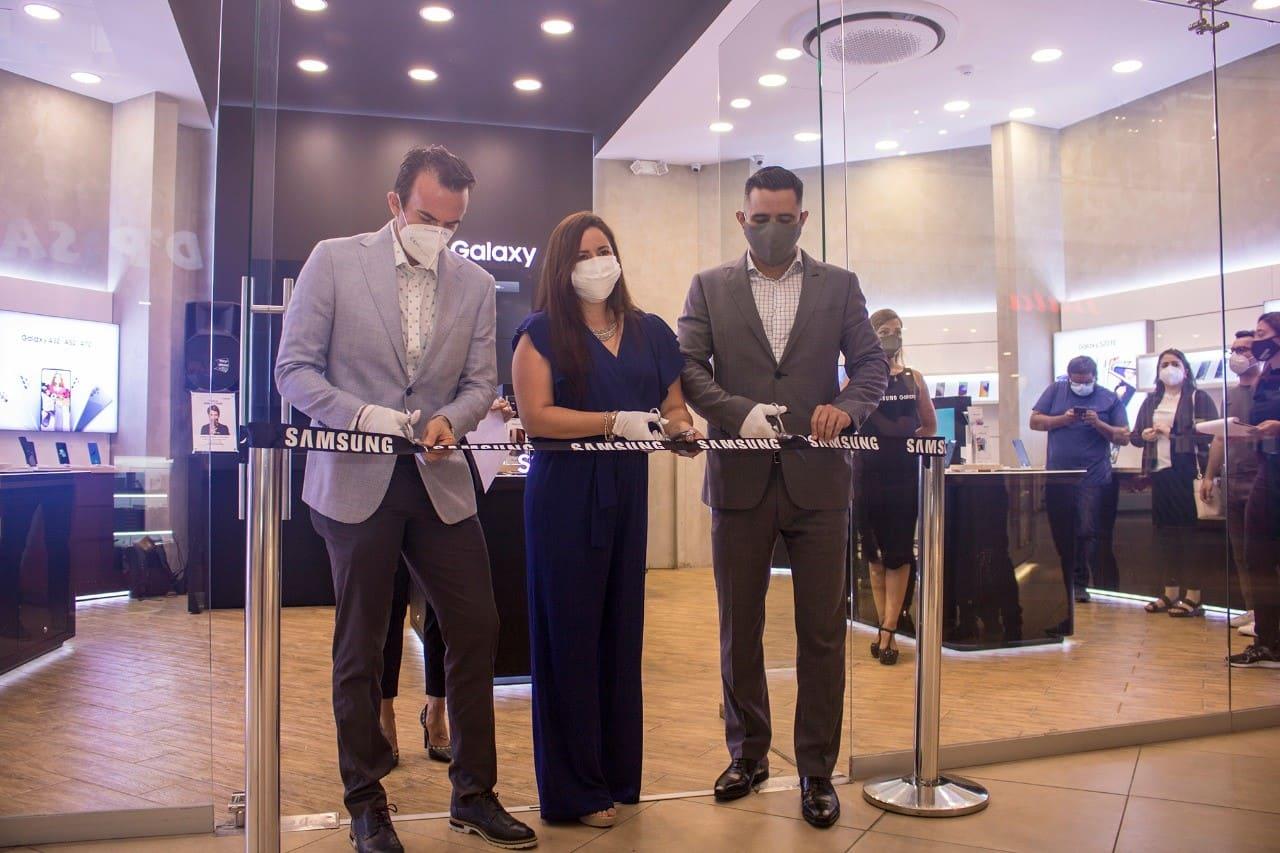 Samsung inaugura un nuevo centro de experiencia en Guayaquil