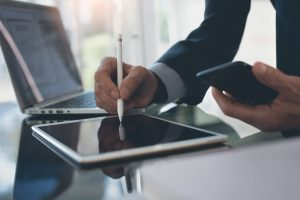 ¿Qué beneficios tiene el uso de la firma electrónica?