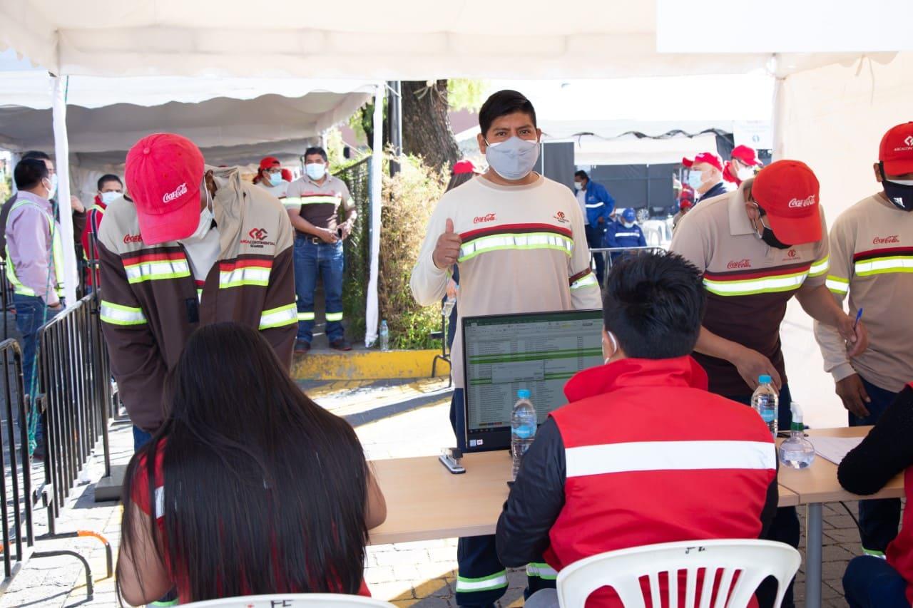 Coca Cola Ecuador continúa su compromiso con la reactivación del país