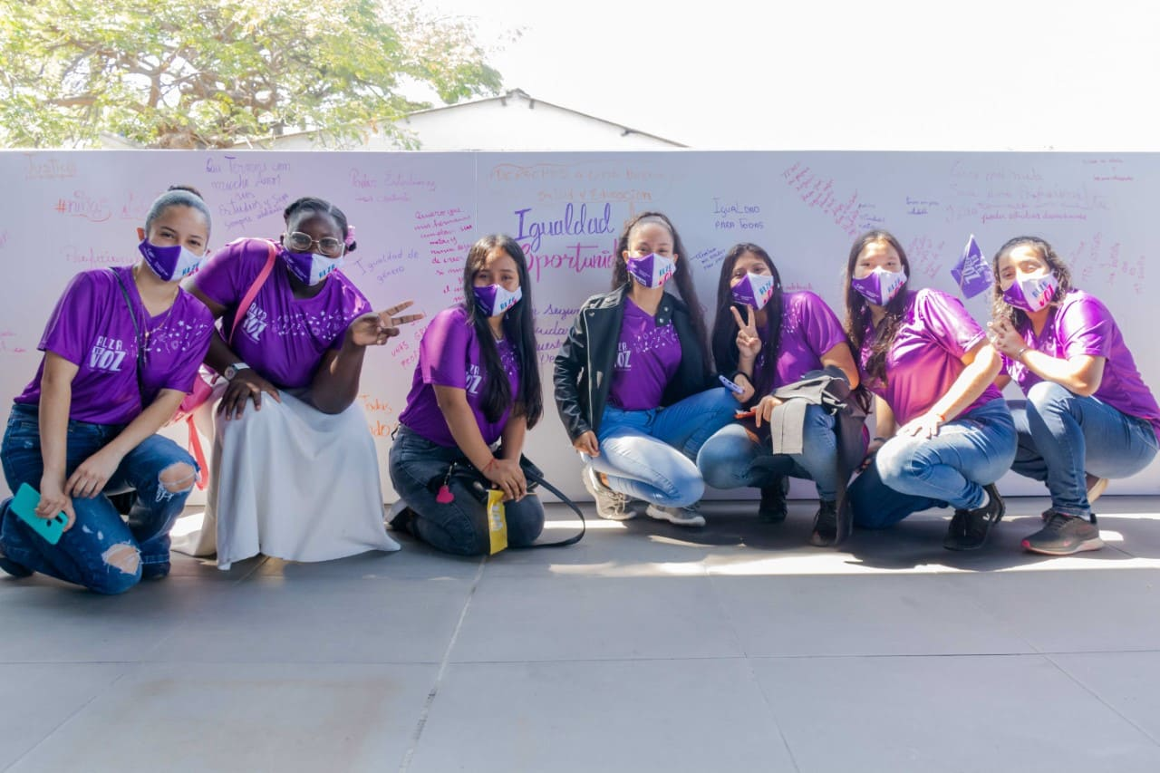 """600 niñas y adolescentes son parte del proyecto """"Alza tu Voz – Escuelas de Liderazgo"""""""
