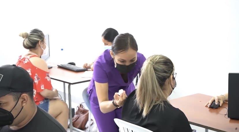 """Más de 100 mujeres pudieron vacunarse en la jornada """"#Vacunémonos Juntas"""""""