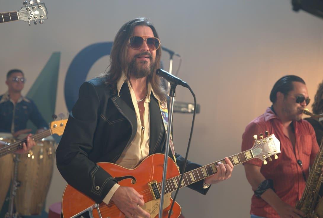 """El cantante Juanes recrea su propia versión de la icónica canción """"La Bilirrubina"""""""