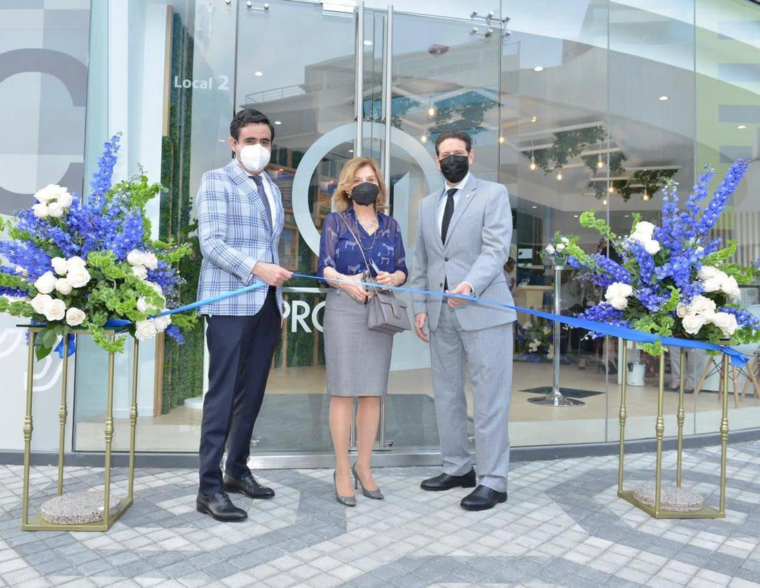 Pronobis inauguró nuevo punto de atención al cliente en el 100 Business Plaza