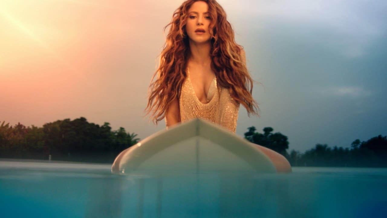 La cantante colombiana Shakira estrena su sencillo y video  'Don't Wait Up'