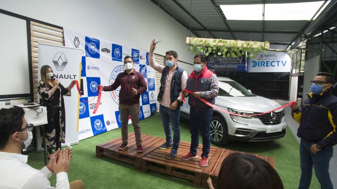 En Ambato se inauguró el Tungurahua Pádel Club, un espacio dedicado al deporte