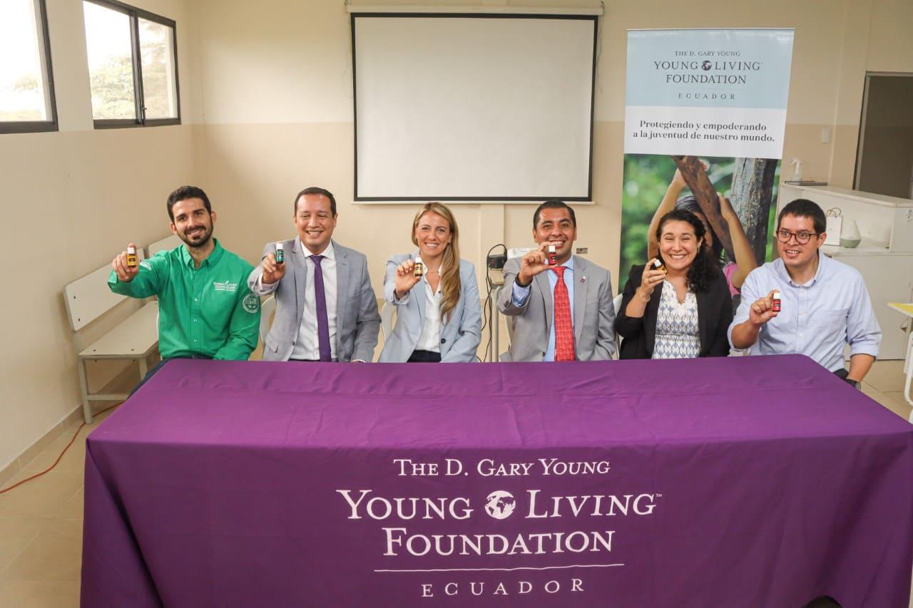 Grupo Young Living sigue apostando por la educación de los jóvenes ecuatorianos