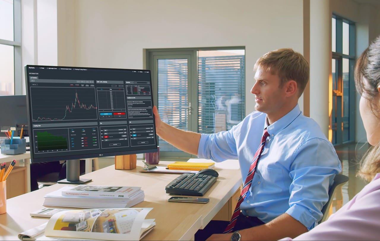 Una variedad de monitores de calidad ofrece LG a los estudiantes, trabajadores y gamers