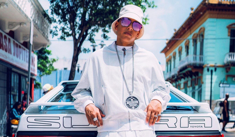"""Daddy Yankee estrena nuevo sencillo y vídeo """"Métele al Perreo"""""""