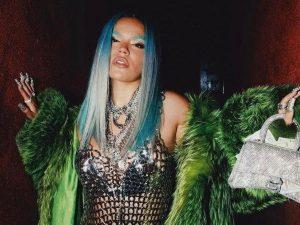 """La colombiana Karol G llega con """"Sejodioto"""", sencillo que resalta el poder femenino"""