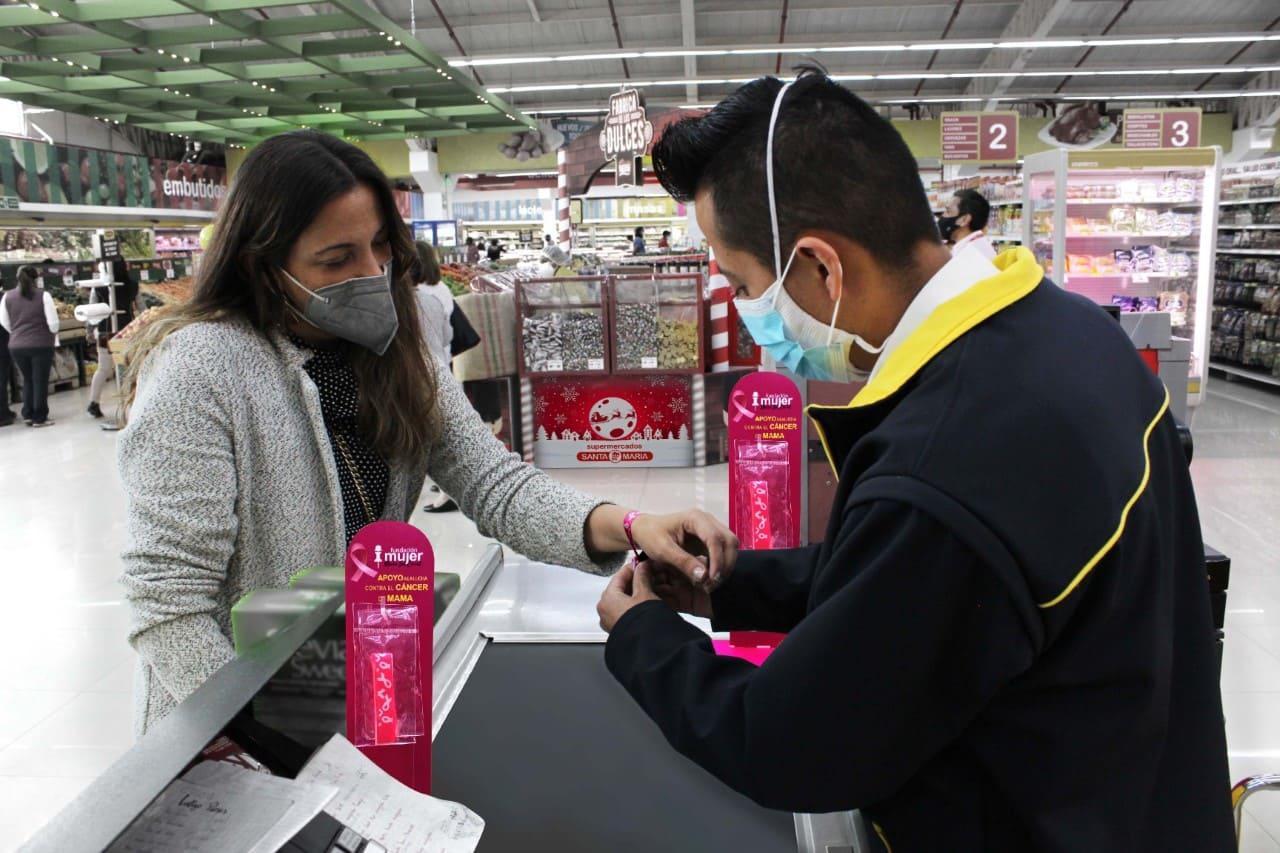 Supermercados Santa María y Fundación Sonrisas de Mujer